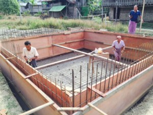 Water holding tank construction